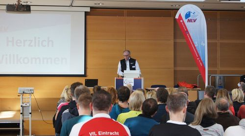 "Vom Talent zum Leistungssportler"" - 1. Leistungssport-Symposium des NLV"